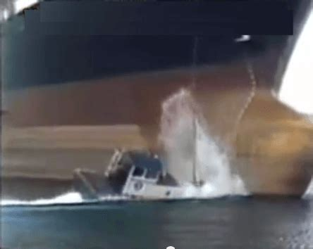 boat anchor drop raw video ship drops anchor on tug boat man overboard