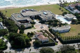 donald florida home donald s filthy rich lifestyle revealed in 30 photos