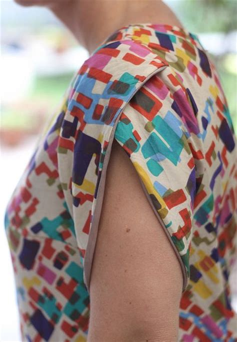 sleeve pattern on pinterest colette patterns laurel modified with a petal sleeve