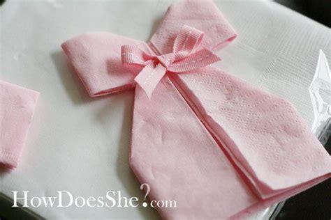 Tissu Napkin Eropa Motif Er035 25 best ideas about pliage serviette robe on robe de serviette d 233 corations de 16e