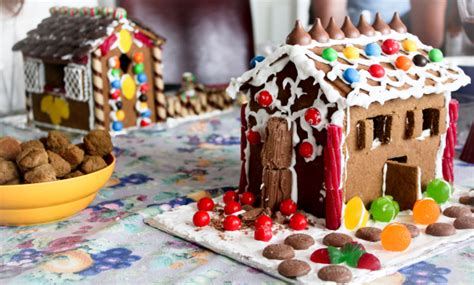gingerbread house decorating tips tricks gingerbread house decorating tips and tricks