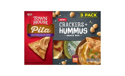 town house pita crackers town house crackers and hummus 2017 01 23 snack and bakery