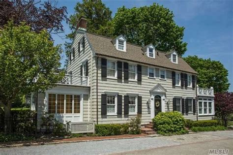 amityville house the amityville horror house on the market for 850 000 zillow porchlight