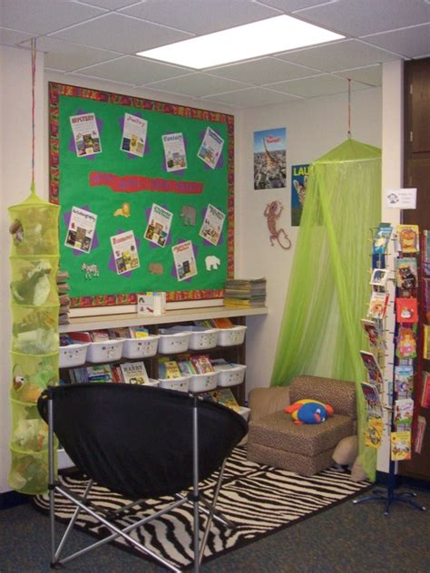 reading themes for libraries jungle themed reading corner idea myclassroomideas com