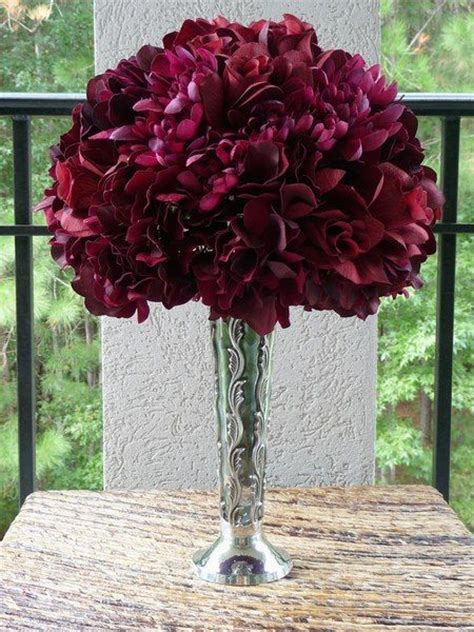 burgandy and white centerpieces   Bing Images   Burgundy