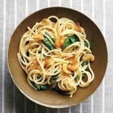 resep spaghetti aglio olio   membuat
