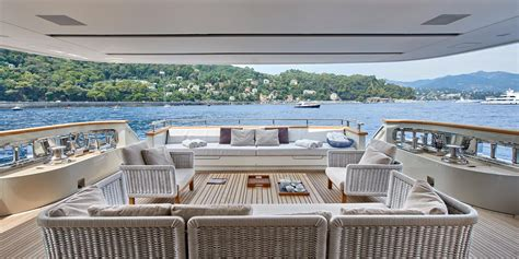 yacht y4h yacht charter superyacht news
