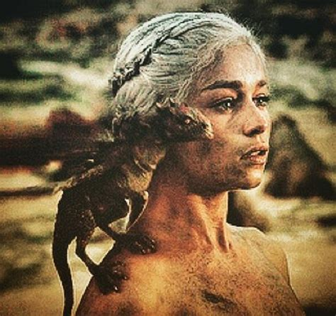 emilia clarke of thrones emilia clarke 5 facts about the of thrones