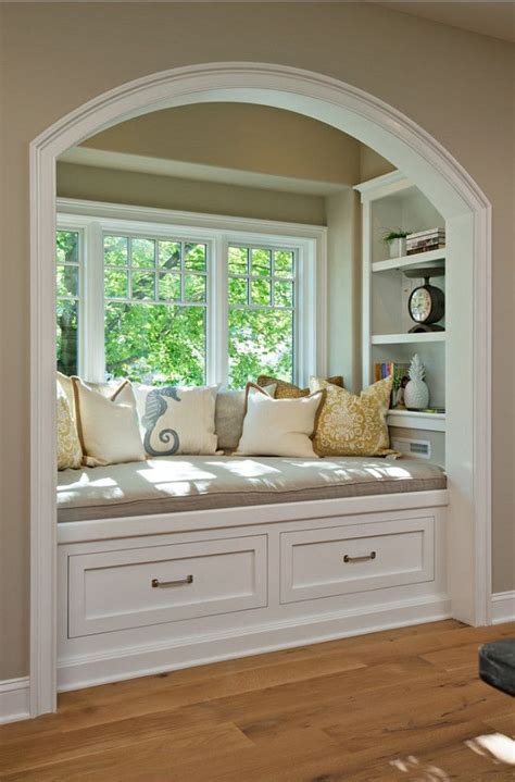 Design Ideas For Reading Ls For Bed 25 Best Ideas About Window Seats On Pinterest Window Seats Bedroom Window Seats With Storage