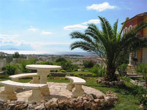 bilder mediterran terrassengestaltung mediterran hier gibt s wichtige tipps