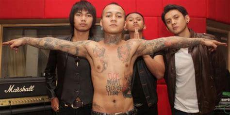 Tato Anak Bandung | tato gambar ibu trik vokalis 18 agar dapat izin