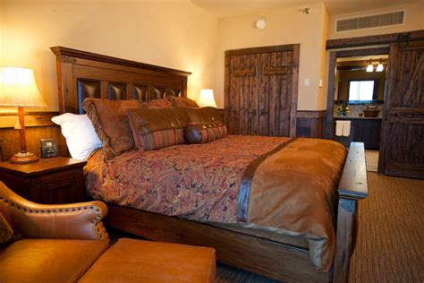 2 bedroom suites near disneyland big thunder suite disney s dream makers