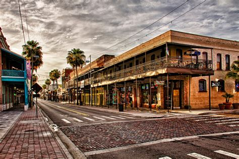 The Best Cigar Shops In Ta Ybor City Joomladay Florida Trading The Snow For Sun