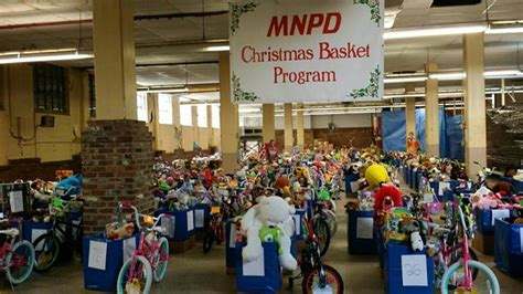 programs for the needy at christmas nashville hundreds of needy nashvillians to receive gifts of toys and food from mnpd officers