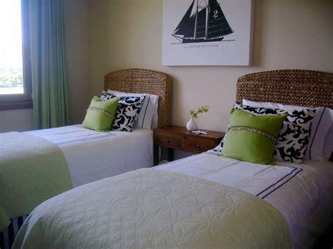 habitaciones con dos camas habitaci 243 n de invitados con dos camas im 225 genes y fotos