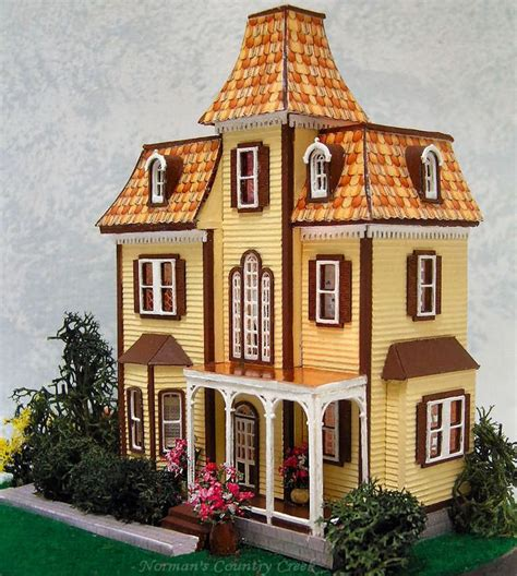 the doll house castle hill best 25 beacon hill dollhouse ideas on pinterest victorian dollhouse doll houses