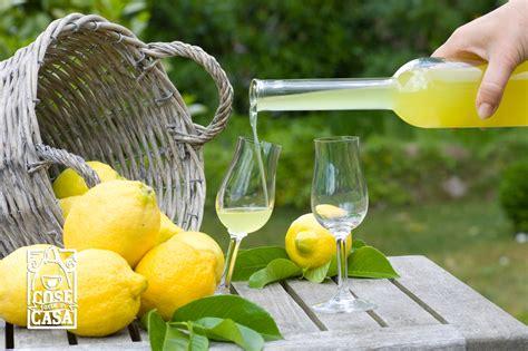 ricetta limoncello in casa limoncello fatto in casa cosefatteincasa it