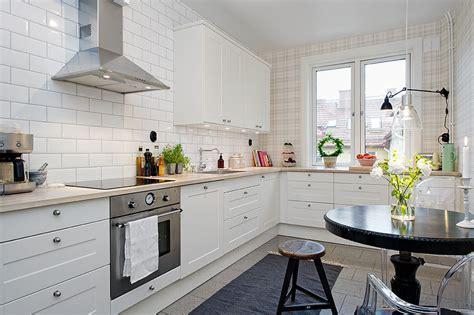 White Modern Dream Kitchen Designs   iDesignArch