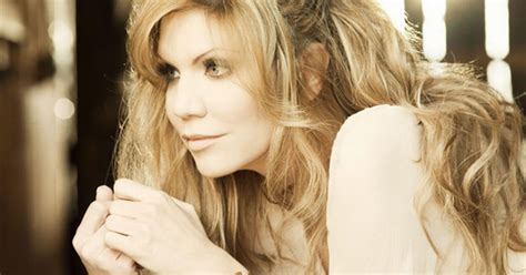 alison krauss married biography on allison krauss music search engine at