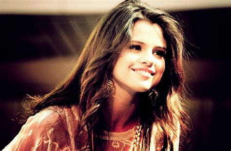 2015 spring hair teen selena gomez celebrity hairstyles for spring 2015