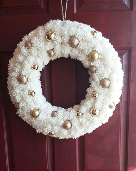 elegant pom pom wreath picture    lots  small white pompoms crafts wreaths