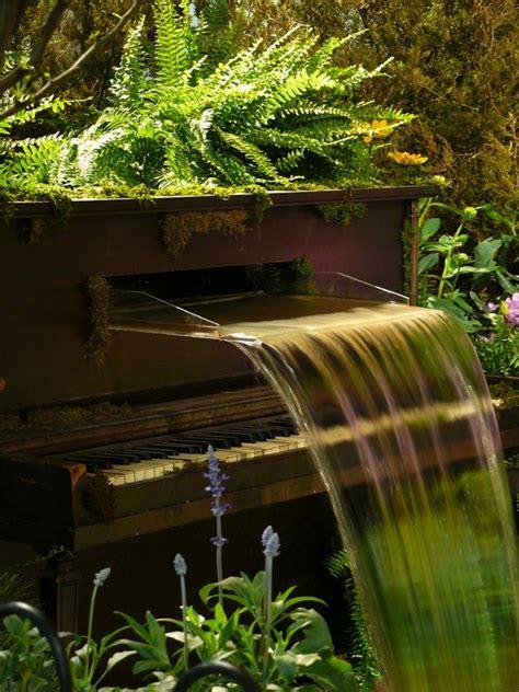 Repurposed Garden Decor Repurposed Wooden Piano Garden Decor Ideas Recycled Things