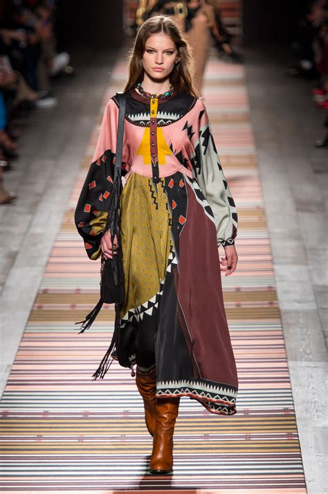 Frock Horror Of The Week Catwalk 8 by Etro At Milan Fashion Week Fall 2018 Every Must See