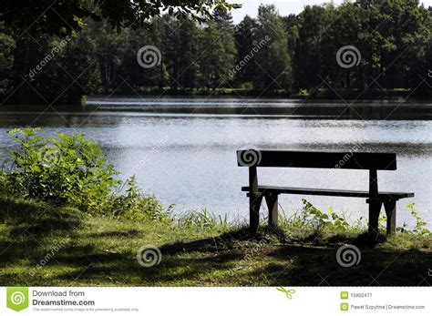 park bench productions park bench royalty free stock photography image 15800477