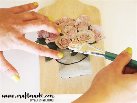 Decoupage Without Wrinkles - craftmunki 4 effective methods to decoupage napkins