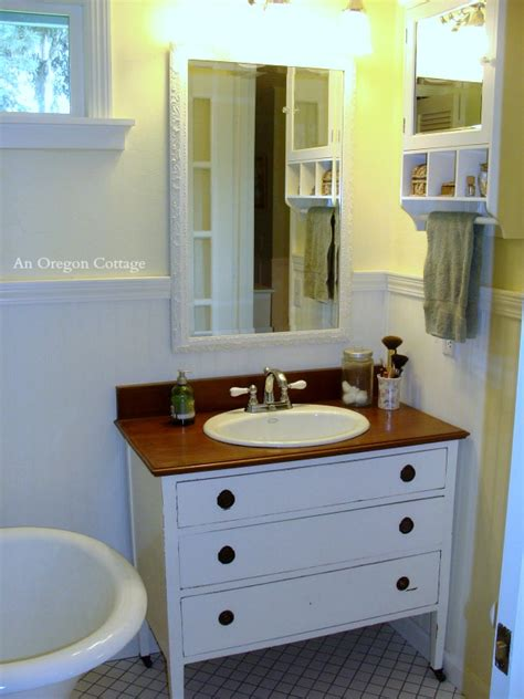 creative  repurposed ideas  alternative bathroom