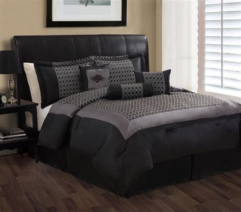 7 piece queen maximillian black and gray comforter set