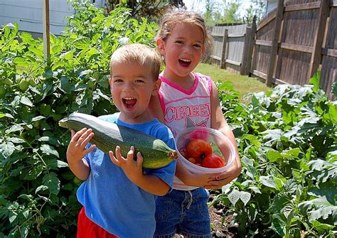 Gardening With Toddlers Play Ideas For Children In The Garden
