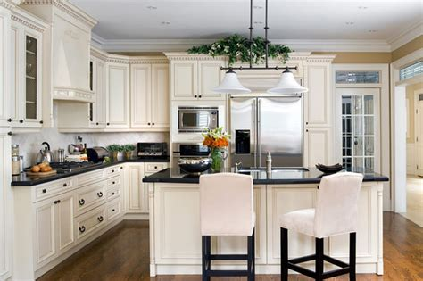 Jane Lockhart Cream Coloured Kitchen Traditional Kitchen Remodeling Designer