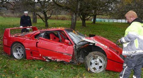 slammed ferrari f40 ferrari f40 suffers severe crash in germany