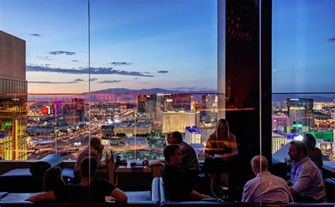 las vegas mix lounge bar at the top of thehotel at