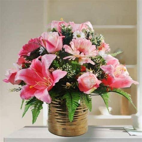 composizione di fiori finti in vasi di vetro composizioni floreali fiori finti composizioni di fiori