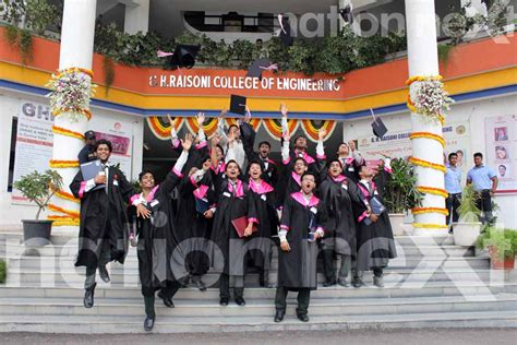 ceremony in gh raisoni engineering college conducts second graduation