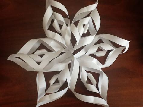 A Snowflake Out Of Paper - make a 3d paper snowflake 3d paper pictures and search