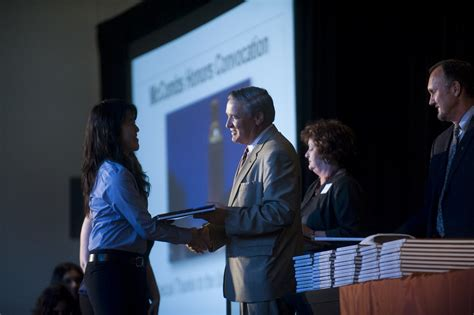 Mccombs Mba Honors by Mccombs Honors Convocation Mccombs Business School