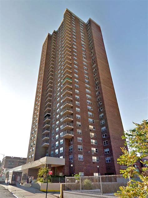 Kew Gardens Courthouse by Court Plaza 123 33 83rd Avenue Nyc Rental Apartments