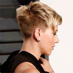 why johansson cut hair scarlett johansson at vanity fair oscar 2017 party in los