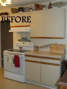 Updating Laminate Kitchen Cabinets by Simply Chic Treasures 1980 S Melamine Cupboard Update
