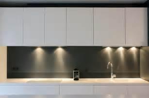 Superior Credence Verre Pour Cuisine #4: 508565-cuisine-design-et-contemporaine-horizontal-et-vertical.jpg