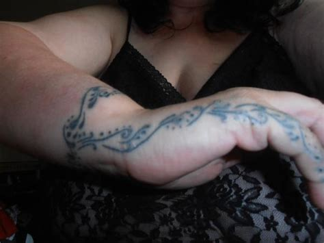 finger tattoo bleeding planets tattoo wrist page 2 pics about space