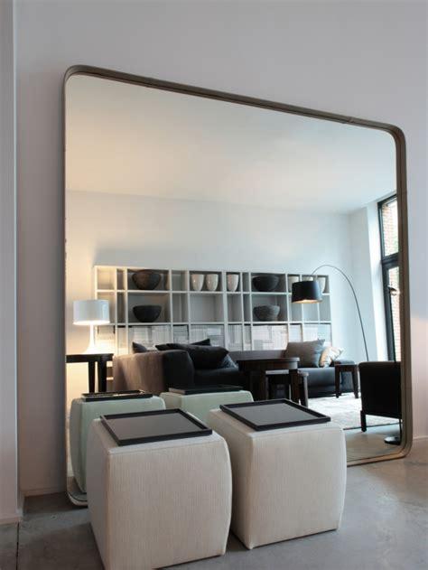 Moderne Wandspiegel Wohnzimmer by Spiegel Im Wohnzimmer Modelle Und Sch 246 Ne Ideen F 252 R Die