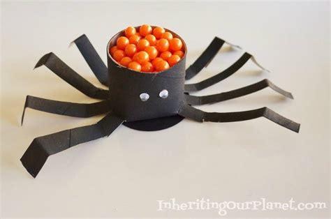Paper Spider Craft - toilet paper roll spider diy inspired