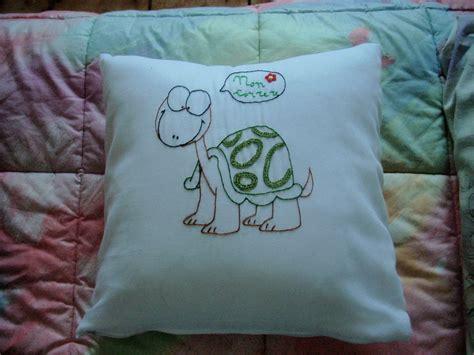 cuscini ricamati a mano cuscini ricamati creativacreativa