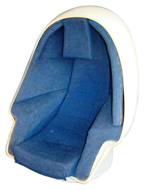 Egg Chair With Speakers by West Alpha Chamber Modpod Egg Chair With Speakers