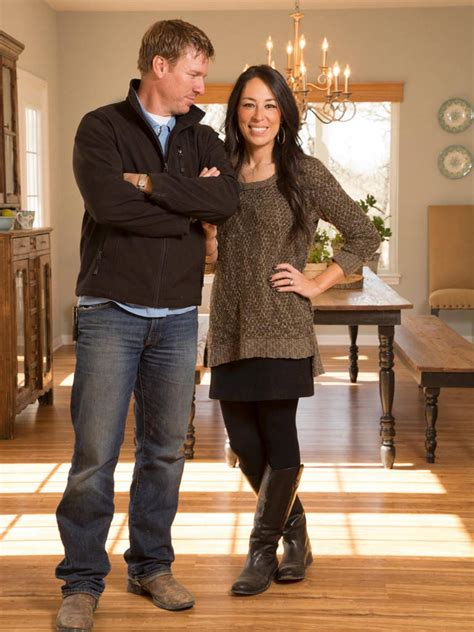joanna gaines the meteoric rise of hgtv s chip and joanna gaines how