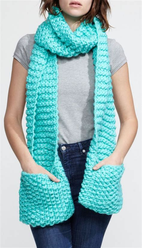 knitting pattern for scarf with pockets mint scarf w pockets to keep your hands warm